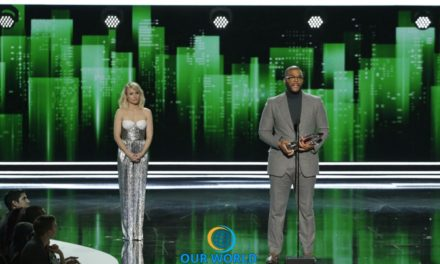 "TYLER PERRY RECEIVES THE FIFTH ANNUAL PEOPLE'S CHOICE AWARD FOR FAVORITE HUMANITARIAN AT ""PEOPLE'S CHOICE AWARDS 2017"""